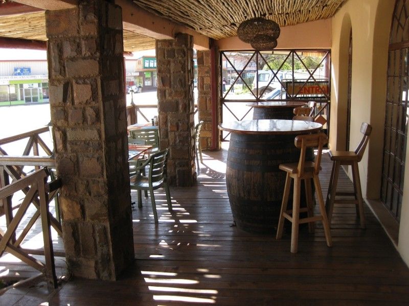 Country kitchen sabie south africa modern overland for Country kitchens south africa